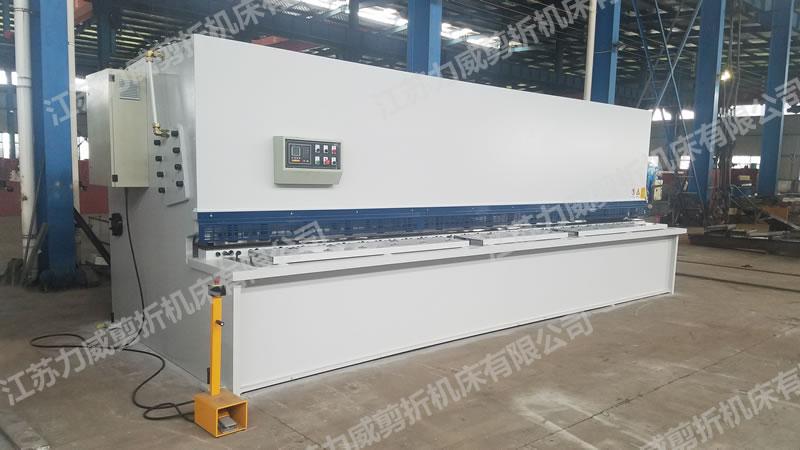 QC12Y/K系列液压摆式剪板机